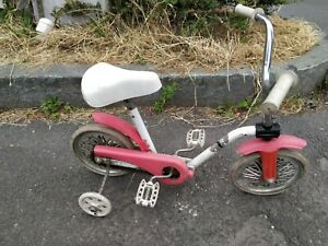 vecchio triciclo, bicicletta vintage