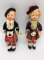 Lot of two vintage dolls in costume  english rogark  S5 aa