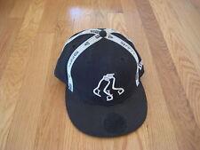 Boston Red Sox BASEBALL HAT black white socks logo cap New Era 59fifty 7 1/2 men