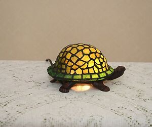 Stained Glass Handcrafted Turtle Night Light Table Desk Lamp. Cute!
