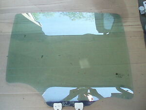 2005-2010  CHEVROLET COBALT LT SDN RIGHT REAR PASSENGER SIDE WINDOW GLASS OEM