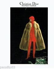PUBLICITE ADVERTISING 036  1977  Christan Dior  boutique fourrure