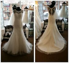 Stunning Ivory Vintage Boatneck Lace Fishtail Style Wedding Dress UK 8 12 16 18