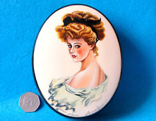 Genuine Russian UNIQUE hand painted LACQUER Box Beautiful LADY PORTRAIT signed