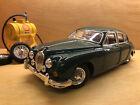 Maisto 1/18 Scale Model Car 31833 - 1959 Jaguar Mk2 - Green
