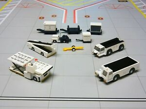 Gemini 200 Aircraft Support Equipment 1/200 Scale Model Set G2APS451