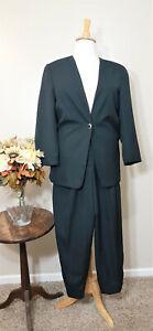 KAY UNGER Vintage Black 2-Piece Pant Suit-Size L