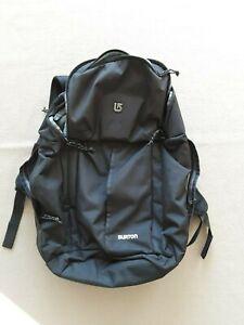 cooler großer Burton Rucksack schwarz neuwertig, viele Fächer,