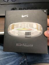 Nike+ Fuelband Pedometer/Watch - Track and Record Your Workouts! (Clear/White/St