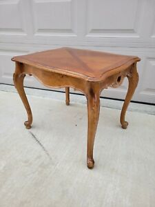 Ethan Allen Legacy Country French End Table Maple Model 13-8623 E