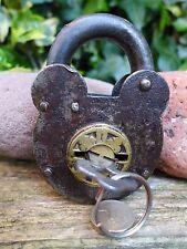 Lucchetto antico vintage con una chiave, funzionante, hobby, da collezione 05