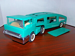 Vintage 1960s Structo Teal Auto Haul Car Transporter Truck 3pc Pressed Steel Toy