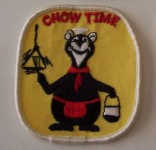 VINTAGE BOY SCOUT CANADA BADGE/PATCH - BEAVERS - CHOW TIME BEAR