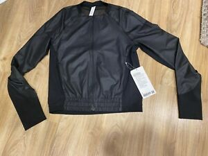Lululemon Lightweight Run Jacket - Black Emboss/ size 4