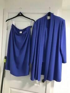 Size 18 Frank Usher Gorgeous Blue  3 Piece Ladies skirt Suit