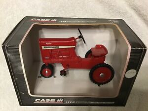 New Vintage Ertl International 1026 Pedal Tractor #4739 1:6 Scale