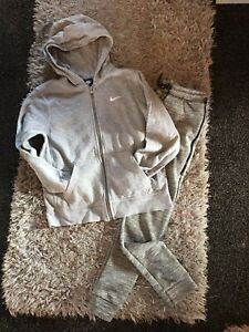 Nike Tracksuit Top Age 10/12yrs With Free Bottoms