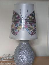 Argent Papillons Butterfly filles/enfants Brillant Chambre À Coucher/Table de chevet Lampe