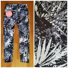 New GURU Black Print Women's M Medium High Waist Capri Yoga Pants Leggings