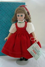 Madame Alexander First Porcelain Christmas Doll Noel Exclusive Limited 4008/5000