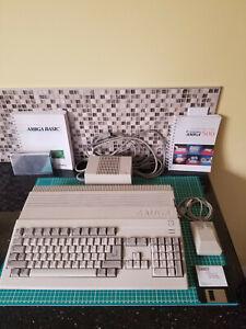 Commodore Amiga 500, A501 RAM, 8372A Agnus, mouse, manuals, PSU, very nice shape