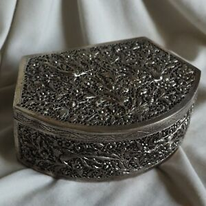Antique Chinese Hammered Silver Jewelry Box Bird Flower Art Stamped Handmade