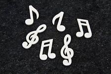 Confettis de table note de musique blanches. Décoration de mariage