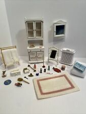 Vintage Bathroom Furniture & Accessories Towels Dollhouse Miniature 1:12 EUC