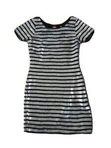 Ladies sz 6 Alannah Hill Sequinned Dress