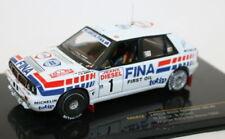 Voitures de sport miniatures blancs pour Lancia