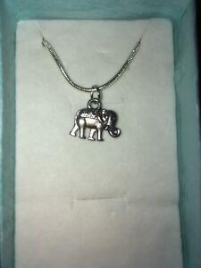 Elephant Pendant Necklace (3)