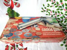 VINTAGE WEAREVER COOKIE & PASTRY DECORATOR - BOX + RECIPES