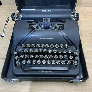 Smith-Corona Sterling Floating Shift Manual Typewriter in Case Portable Vintage