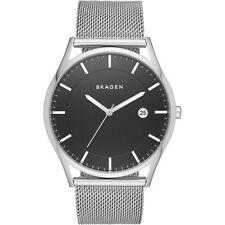 Skagen Armbanduhren mit 12-Stunden-Zifferblatt und 50 m (5 ATM)