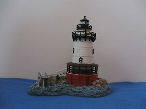 """Harbour Lights Lighthouses #232 """"Tarrytown"""" NY - Mint in box with COA & Book."""