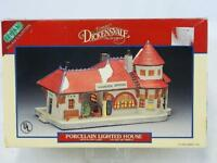 Lemax 1994 Dickensvale Hamilton Station Village Porcelain Lighted House 45110
