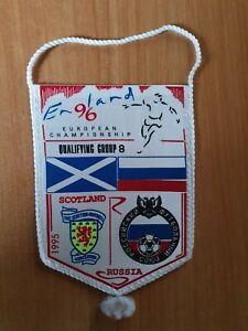 Football pennant Scotland Russia 1995 UEFA EURO England 1996 qualification game
