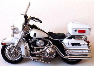 Maisto Motorcycle Harley Davidson 2004 Flhtpi Electra Glide Police 1:24 White
