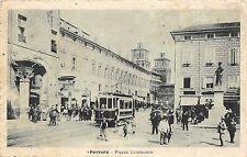 9124) FERRARA, PIAZZA COMMERCIO AFFOLLATA, TRAM. VG NEL 1919.