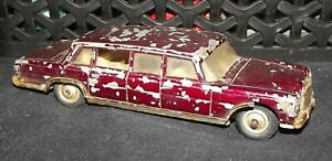 CORGI TOYS MERCEDES-BENZ 600 PULLMAN WITHS WORKING WINDSCREEN WIPERS IN FC
