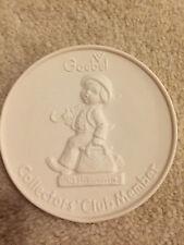 """Hummel Goebel Collector's Club Member Plaque 4"""" Diameter 1976 Tmk-5 New In Box"""