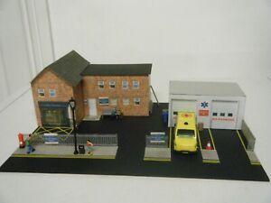 Model Railway Diorama of Scratch Built Hospital  00 Gauge Ambulance