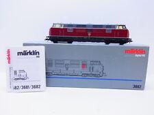 LOT 52859 | Schöne Märklin H0 3682 Diesellok BR 221 der DB digital in OVP