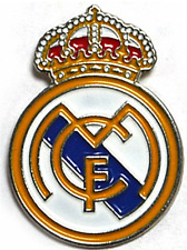 Real Madrid Crest metal/enamel pin badge - licensed product (bb)