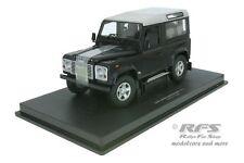 Land Rover Defender 90 Station Wagon - dunkelblau / silber - 1:18 UH 3888