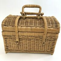 VTG Wicker Basket Purse Sewing picnic shabby footed wrap around handles