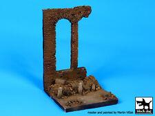 Black Dog 1:35 Factory Ruin (100x100 mm) Vignette Resin Base #D35046