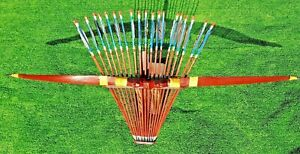 TRADITIONAL RECURVE ARCHERY SET  (COMPLETE WITH 20 ARROWS & HOLDER)