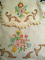 2 x Stylised Roses Centrepiece & Doily  ~ Vintage Hand embroidered