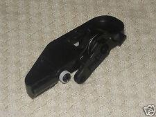 NEW GENUINE AUDI TT,TTS INNER BONNET GRIP HANDLE BRACKET CABLE HOLDER 8J2823633C